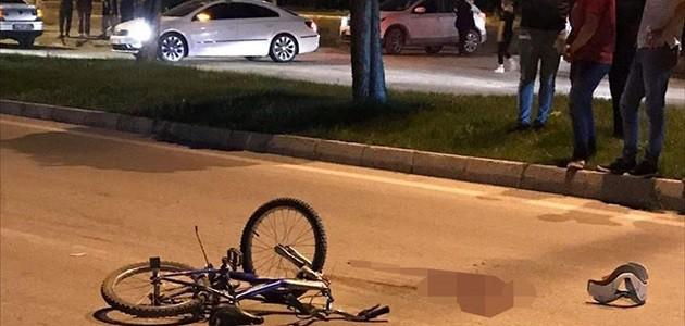Otomobilin çarptığı bisikletli çocuk hayatını kaybetti