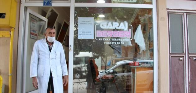 Seydişehir'in Şair Berberi Müşterilerin İlgisini Çekiyor