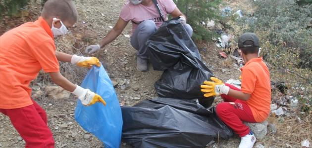 Beyşehir'de 146 Kişilik Ekip Doğada Temizlik Yaptı