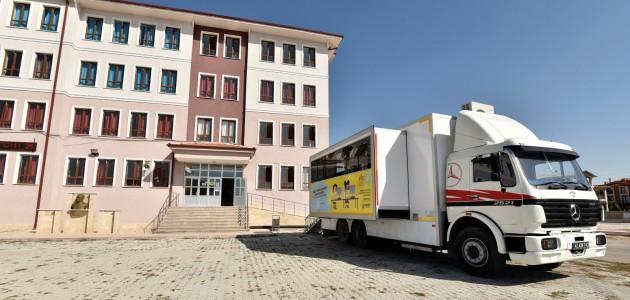 Karatay Belediyesinden Eğitime Mobil Destek