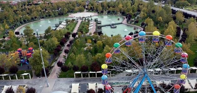 Konya'nın Parklarına Sonbahar Çok Yakıştı
