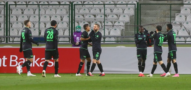 Konyaspor'dan Manisa'ya Gol Üstüne Gol