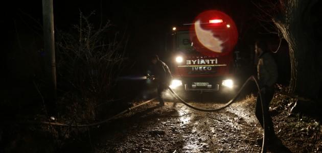 Konya'da 4 Noktada Örtü ve Bahçe Yangını