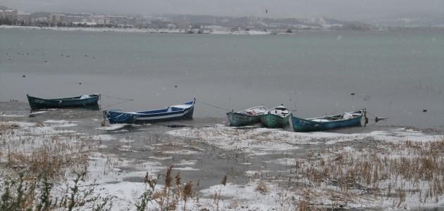 Beyşehir'de Kış Şartları Hayatı Olumsuz Etkiledi