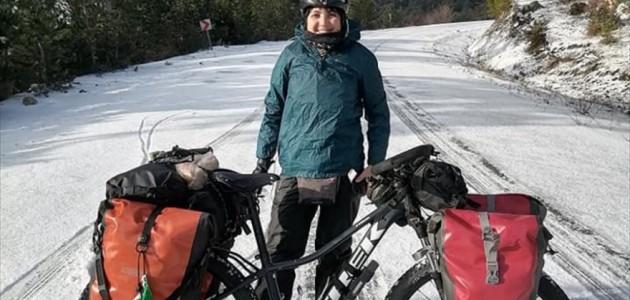 Brezilyalı Bisikletçi Kara Yakalandı, Belediye Başkanı Yardımına Yetişti