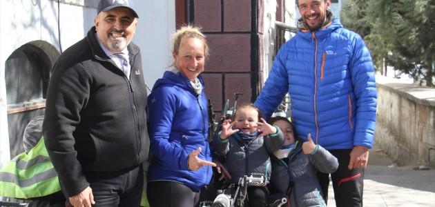 Bisikletleriyle Dünya Turuna Çıkan Fransız Aile Beyşehir'de Mola Verdi