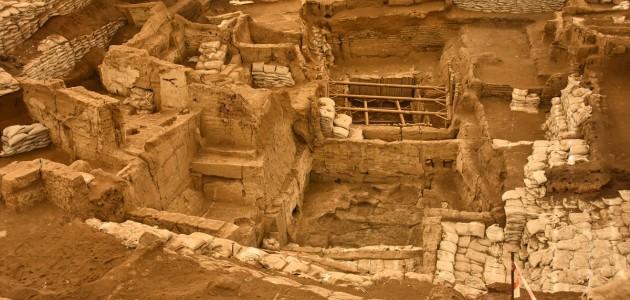 """Anadolu'nun Hafızası Antik Kentler: """"Çatalhöyük, Hattuşa ve Kültepe"""""""