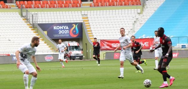 Konyaspor Teknik Direktörü İlhan Palut, Karagümrük Maçını Yorumladı