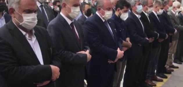 Eski Milletvekili Burhanettin Uysal'ın Cenazesi Konya'da Toprağa Verildi Parti