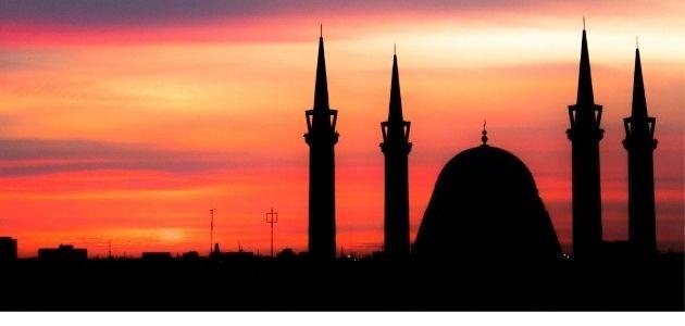 KURBAN BAYRAMI'YLA İLGİLİ AYET VE HADİSLER