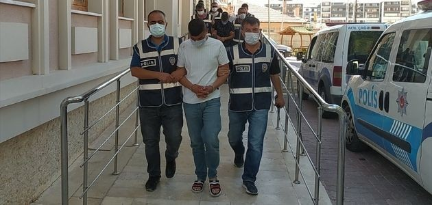 Konya'daki kargo firmasından çelik kasa çalıp tatile giden 6 şüpheli otelde yakalandı.