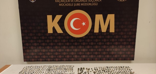 Konya'da tarihi eser niteliğinde 832 obje ele geçirildi
